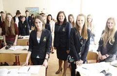 Lieporiu_gimnazija_uniformos_08_GBs